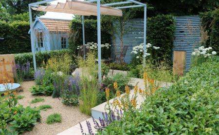 RHS Hampton Court 2016 - The Final5: Retreat Garden