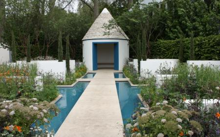 RHS Chelsea 2012 - The RBC Blue Water Garden
