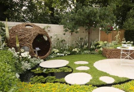 RHS Hampton Court 2015 - Living Landscapes: City Twitchers Garden