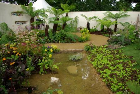 RHS Hampton Court 2008 - The National Year of Reading Garden