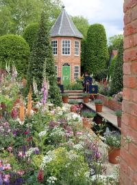 The Harrods British Eccentrics Garden at the 2016 Chelsea flower show